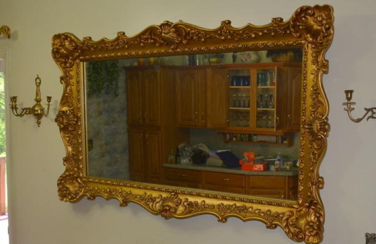Auctions image